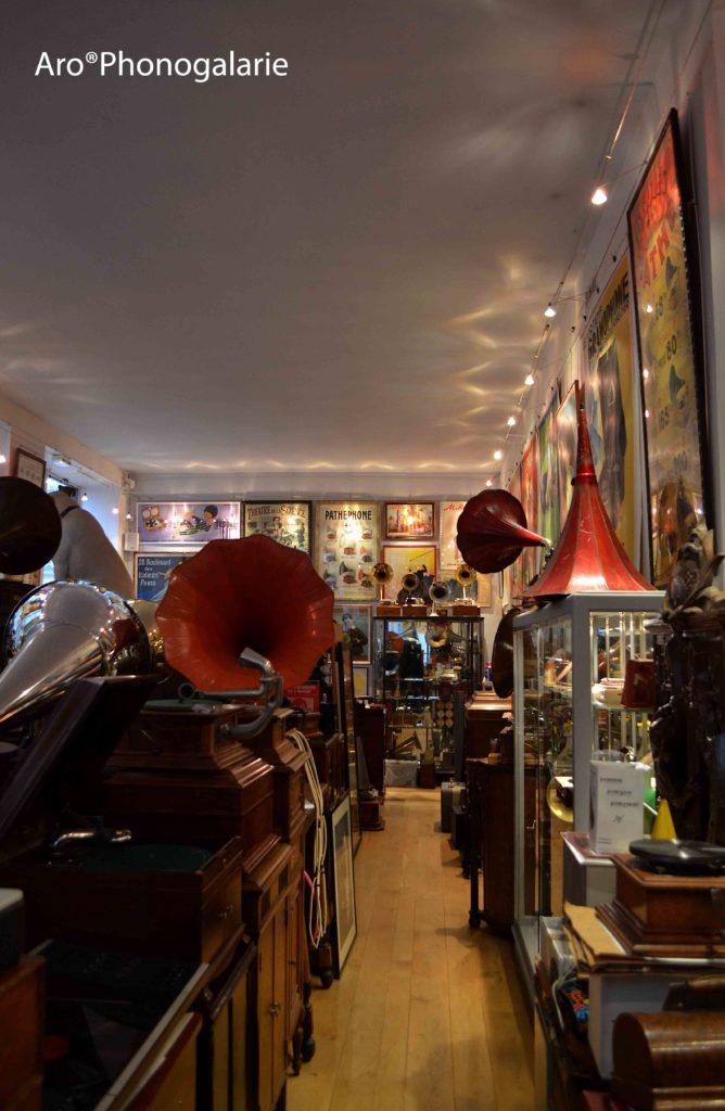 Phonogalerie 10 rue Lallier 75009 Paris, Phonograph, gramophone, electrophori, disque, platine, affiche, document, achat, vente, location, reparation